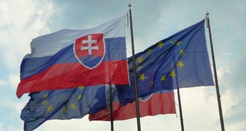 drapeaux slovaque europe